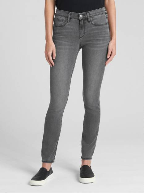Soft Wear Mid Rise True Skinny Jeans