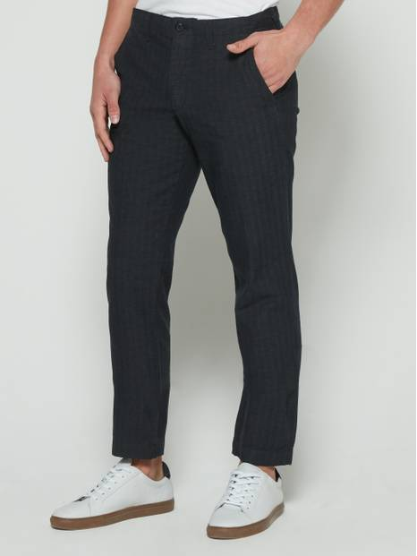 Lived-In Twill Pants in Slim Fit